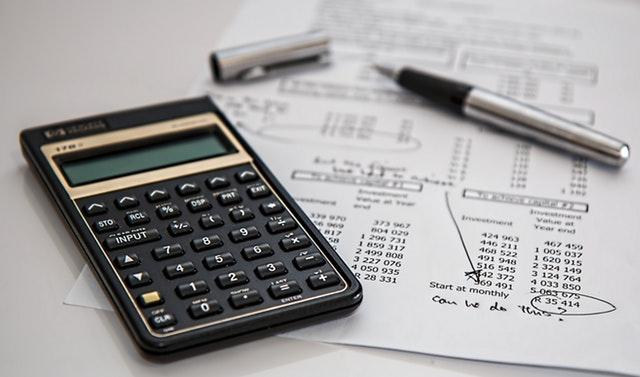 Spar penge og invester – 3 tips til at blive rig