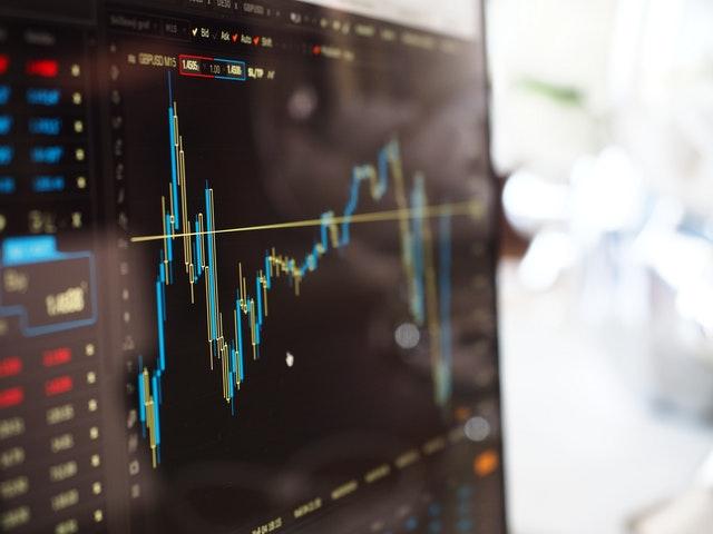 Aktier for begyndere - Sådan kommer du igang med aktiehandel